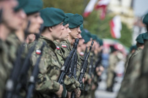 Podlaskie: 100 żołnierzy WOT złożyło przysięgę na przesmyku suwalskim