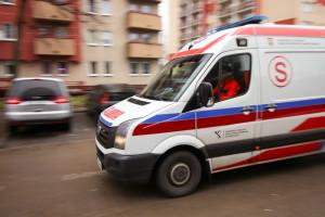 Zaognia się spór na linii ratownicy medyczni - pielęgniarki