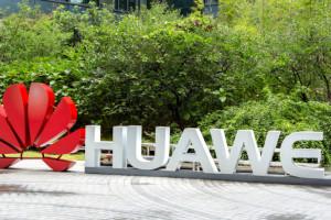 Huawei ma związki z wojskiem i wywiadem? Koncern zabiera głos ws. zasad zatrudniania