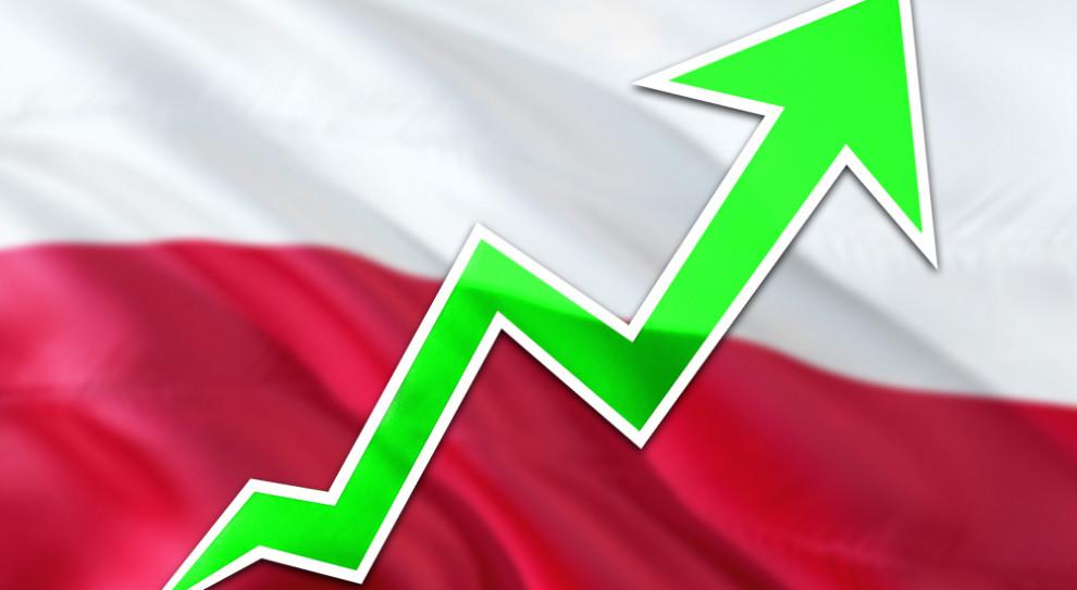 Wzrost gospodarczy szybszy, niż zakładano? KE podwyższyła prognozy dla Polski