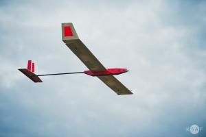 Studenci AGH pokazali samolot solarny