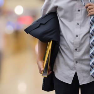 Spada bezrobocie, firmy szukają nowych pracowników