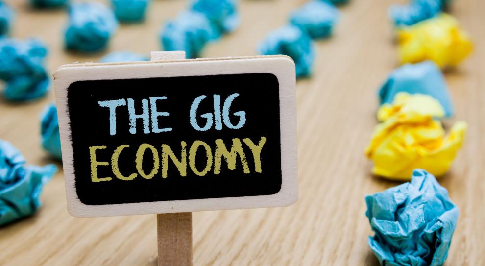 Od zlecenia do zlecenia. Gig economy przybiera na sile