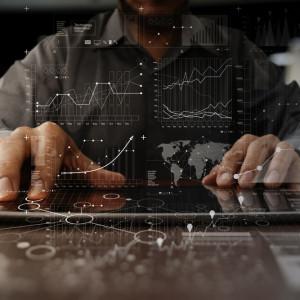 Miliarder inwestuje w farmy serwerów. Zadba o dane użytkowników Googla czy Amazona