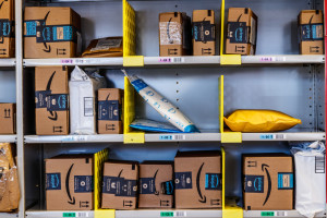 Komisja Europejska wszczyna dochodzenie w sprawie działań Amazona