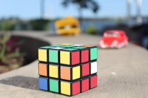 Sztuczna inteligencja ułożyła kostkę Rubika w sekundę