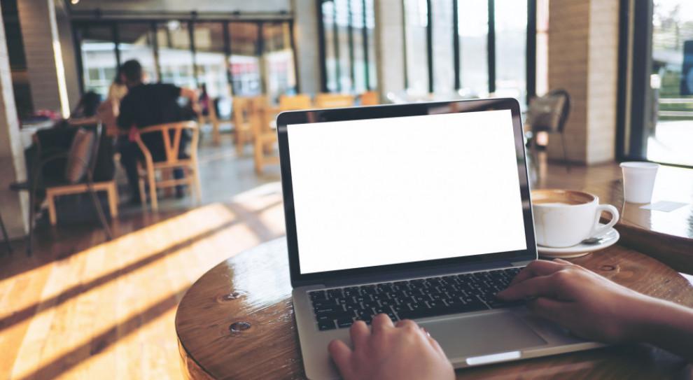 Brytyjscy pracownicy rządowi masowo gubili laptopy i telefony