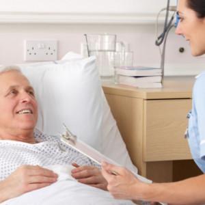 Pracownicy medyczni zarobią więcej. Sejm przyjął nowelizację