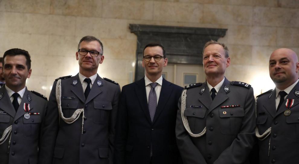 Premier podziękował policjantom z okazji ich święta