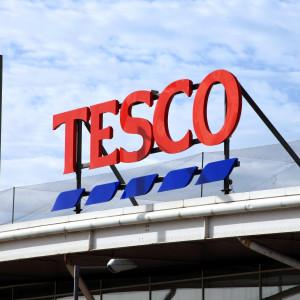 Kolejna fala zwolnień w Tesco. Pracę straci ponad 2 tys. osób