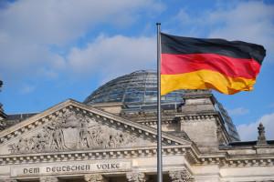 Coraz mniej Niemców do pracy. Imigranci zalewają rynek