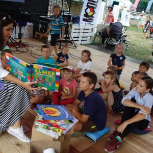 Bank promuje czytanie podczas festiwalu w Szczebrzeszynie