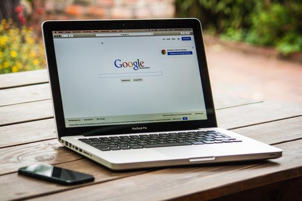 Firmy skarżą się na wyszukiwarkę ofert pracy Google'a