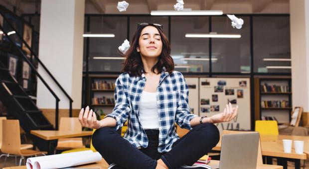 Emocje w pracy. Dlaczego powinniśmy się nauczyć nad nimi panować