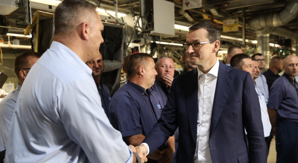 Premier chwali polskich pracowników i zapowiada nowe miejsca pracy