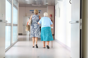 Aż 25 proc. nowych miejsc pracy  w służbie zdrowia i przy opiece nad starszymi