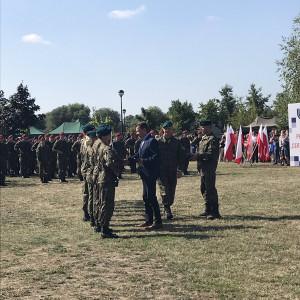Prezydent podpisał ustawę zwiększającą wpływ MON na klasy mundurowe