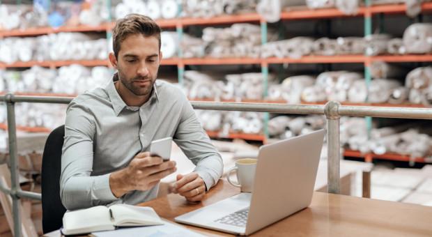 Rekrutacja do e-commerce. Kogo poszukuje branża, ile oferuje