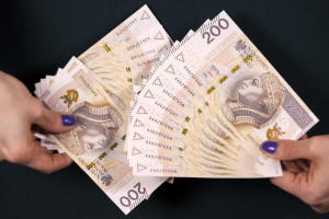 Piękoś z PKO: Oczekujemy wygasania presji płacowej