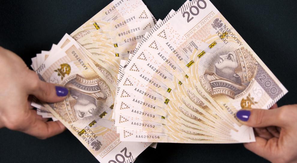 Piękoś z Pekao: Oczekujemy wygasania presji płacowej