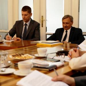 Spotkanie MEN ze związkowcami: rozmowy na ostro w przyjacielskim tonie