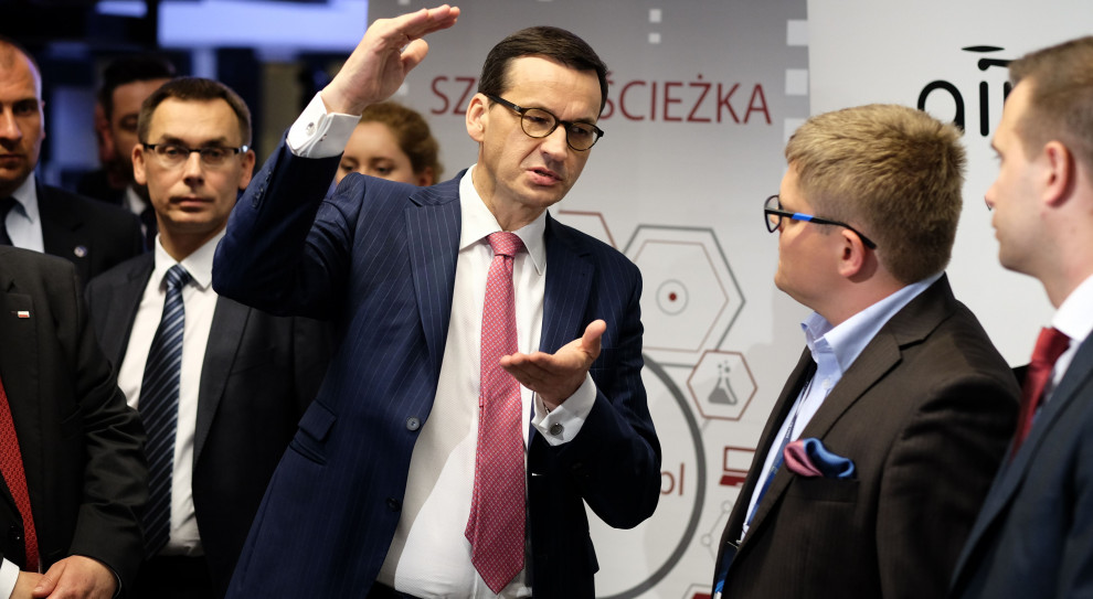 """Premier Morawiecki chce """"trzynastki"""" co roku, ale są warunki"""
