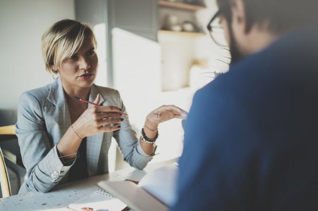 Mentor czy mistrz – kogo bardziej potrzebują współcześni pracownicy?