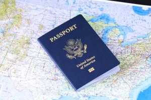 Palantir przedłużył kontrakt ze służbą imigracyjną USA