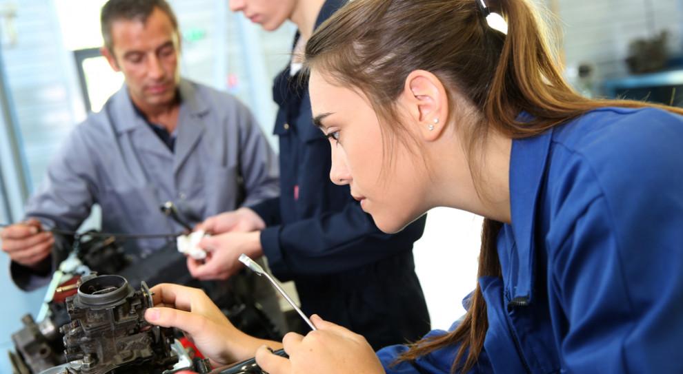Współpraca przedsiębiorców ze szkołami zawodowymi pod lupą urzędu pracy