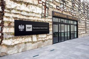 """Program """"Staże Prezesa NBP"""" kończy zbieranie aplikacji"""