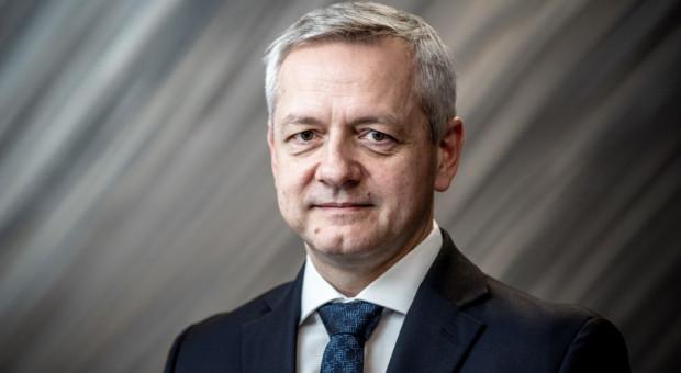 W ciągu 2-3 miesięcy zaczną do Polski płynąć unijne pieniądze na cyfryzację