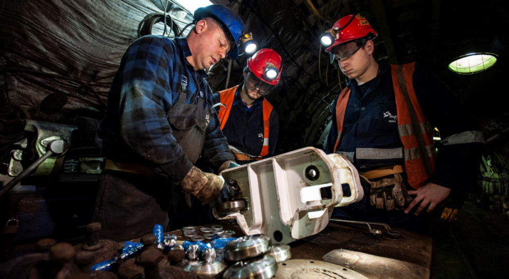 Tauron wspiera ponad 350 uczniów klas górniczych