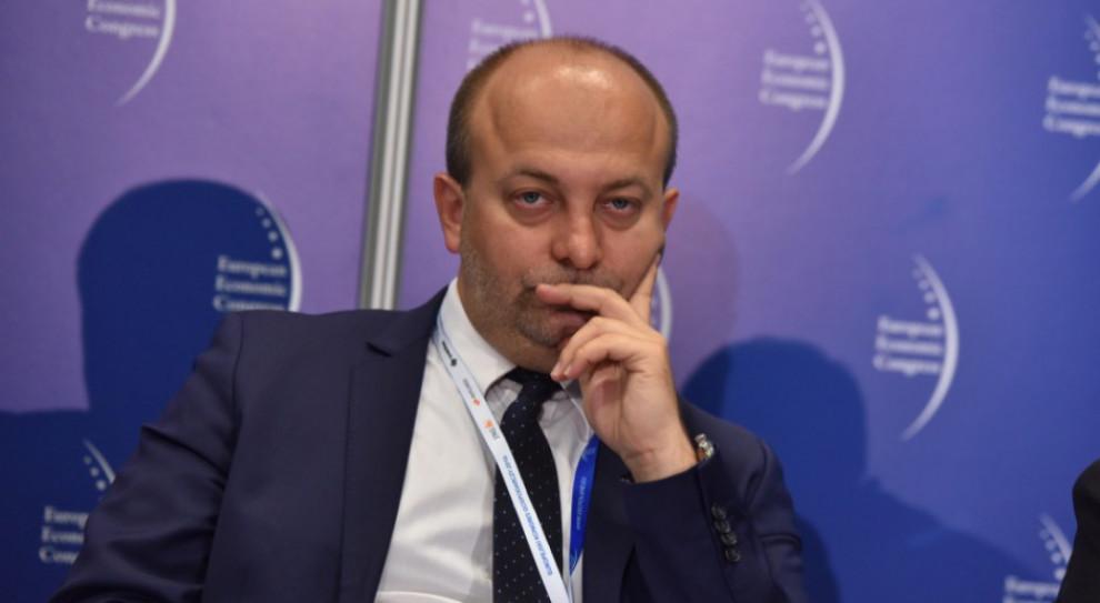 Były wiceminister Piebiak zostanie odsunięty od orzekania?