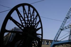 Szef MSWiA wstrzymał emeryturę policjantowi za udział w pacyfikacji kopalni Wujek