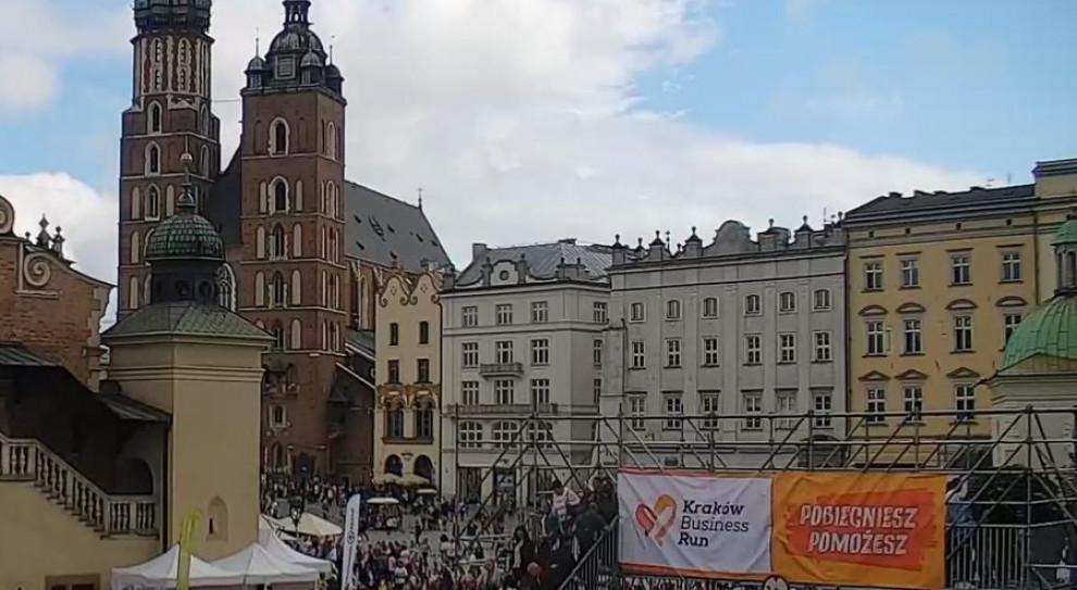 625 tys. zł z ósmej edycji Kraków Business Run trafi na pomoc dla niepełnosprawnych