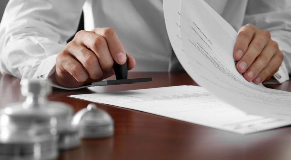 Najnowsze zmiany w świadectwach pracy to dopiero początek. Czeka nas e-rewolucja?