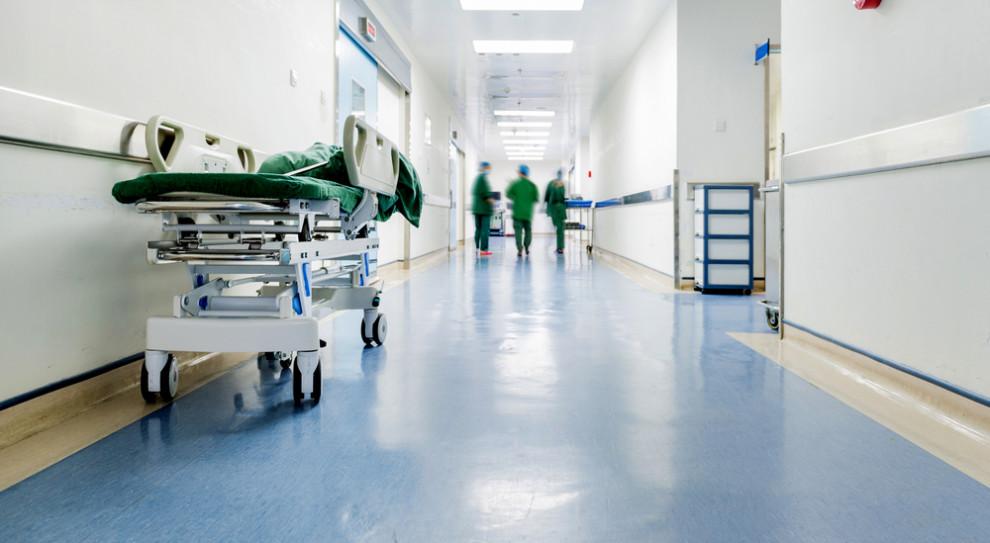 Braki kadrowe - jeden z największych problemów służby zdrowia
