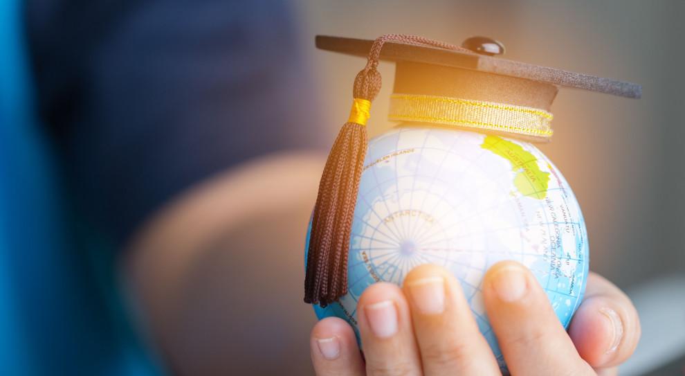 Rośnie liczba osób z wyższym wykształceniem. Polska dogoniła zachodnie kraje