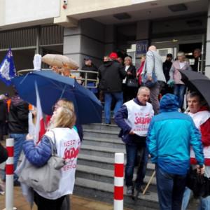 Huta Częstochowa: Decyzja syndyka zgodna z opiniami związkowców?