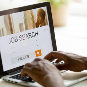Polacy szukają lepszej pracy nie tylko ze względu na zarobki