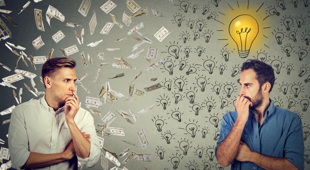 Wyższa płaca minimalna podniesie koszty przedsiębiorcom, ale przyniesie też korzyści