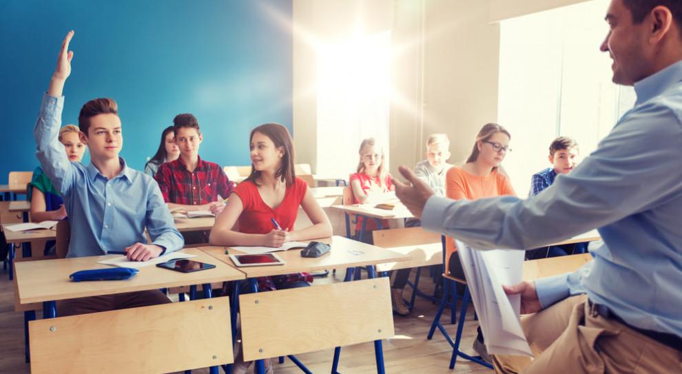 Płaca minimalna w górę. Co z nauczycielami?