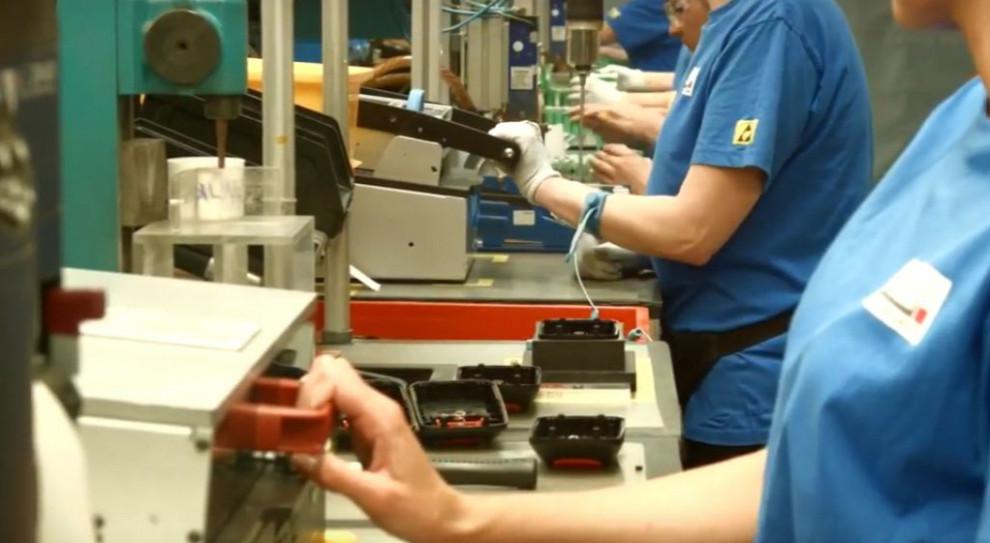 Wzrost płacy minimalnej, zniesienie limitu 30-krotności jak huragan Dorian dla rynku pracy