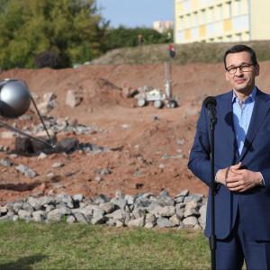 Morawiecki w Kielcach: idziecie śladem twórców polskiego przemysłu, tworzycie przyszłość świata