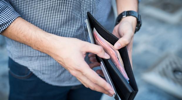 Polacy chcą zarabiać więcej