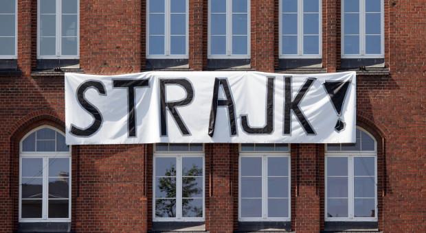 Ok. 40 szpitali weźmie udział w strajku pielęgniarek i położnych
