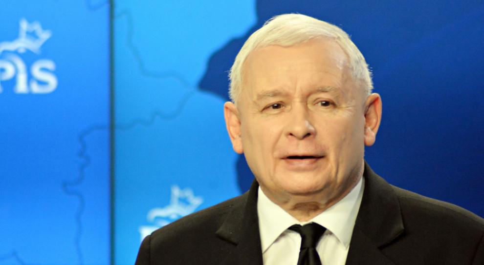 Kaczyński chwali rząd. Niskie bezrobocie, wysoka płaca minimalna