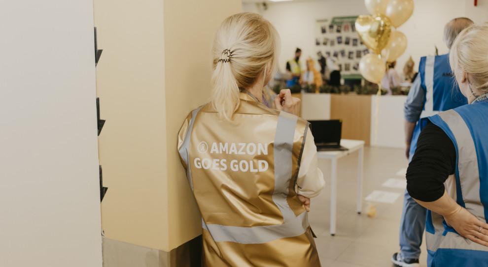 Amazon przyłącza się do walki z nowotworami. Pracownicy przyszli do pracy w piżamach