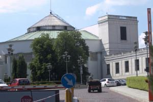Wysłał e-mail z pogróżkami. Pracownik Straży Marszałkowskiej zostanie zwolniony