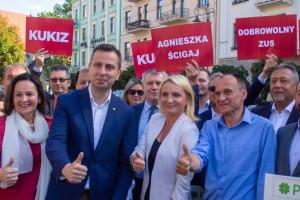 PSL - Koalicja Polska stawia na młodych. Co jeszcze oferuje pracownikom?